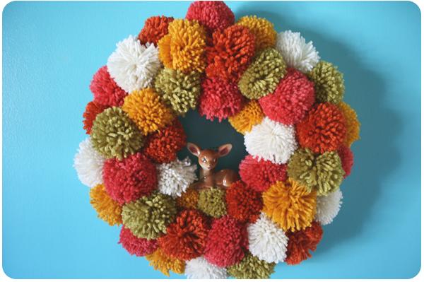 Yarn-wreath.full
