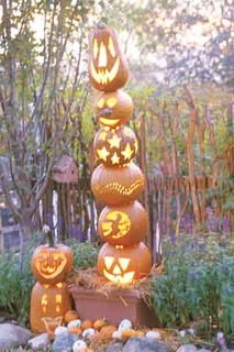Pumpkintotem.large