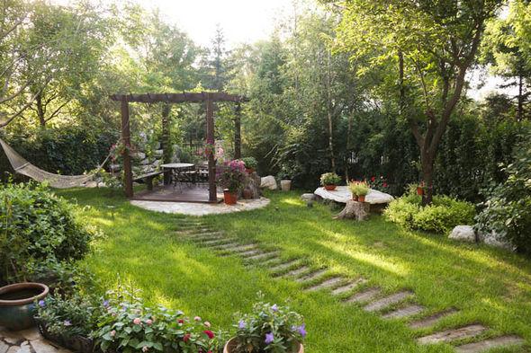Garden-894291.full